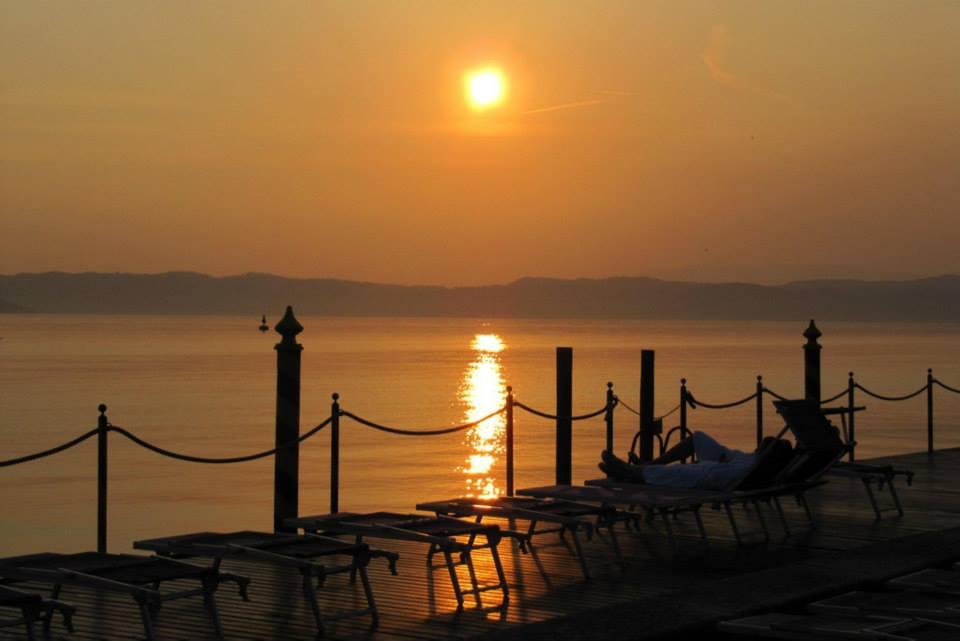 Godersi il tramonto di Cristina Muzzu (Brescia)
